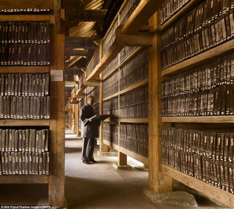 libraries pictures shhh world s most stunning libraries captured in new book