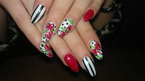 Beautiful Nail Ideas by 25 Beautiful Nail Design Ideas For You Style Motivation