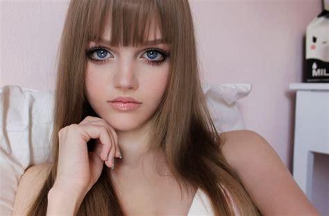design a doll to look like you online шестнадцатилетняя американка котакоти девочка барби