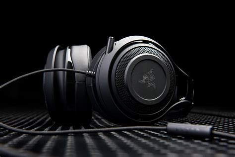 Razer O War 7 1 Green Surround Gaming razer mano war 7 1 surround sound headset review rocket chainsaw