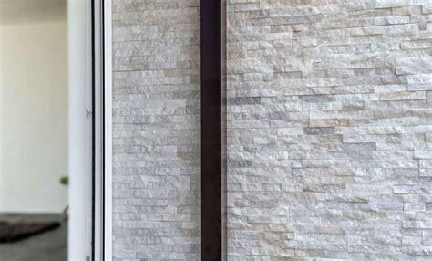 pareti in pietra interni rivestimenti con pietre antiche per interni