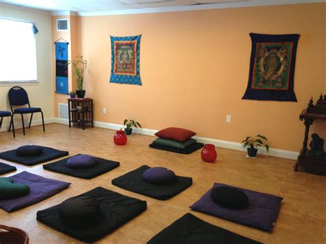 best paint colors for a meditation room with orange color schemes and small purple and black