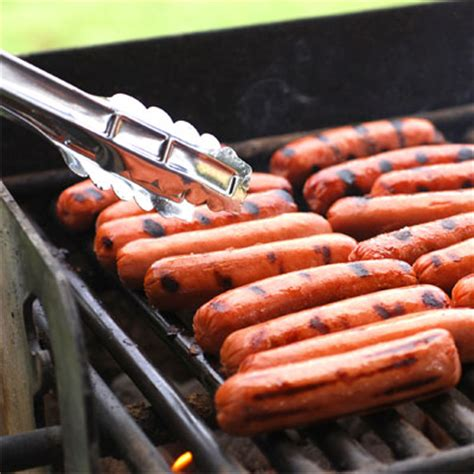 how to cook dogs on the grill national and sausage council