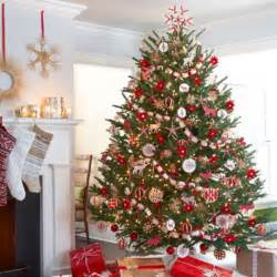 decorated trees 30 traditional and unusual christmas tree d 233 cor ideas