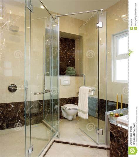 bhr home remodeling interior design projeto interior banheiro foto de stock imagem 2315370