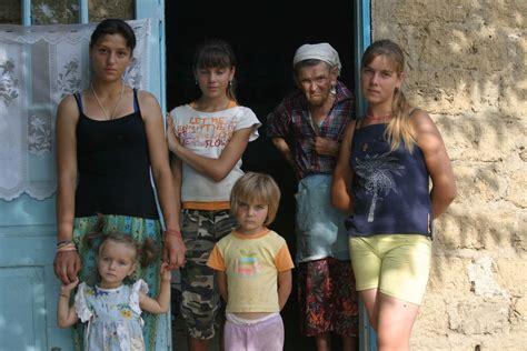 Mit Freundlichen Grüßen Die Welt Liegt Uns Zu Füßen Moldawien Reisef 252 Hrer Reisebericht Reisetipps Bilder 2016 Www Abenteurer Net