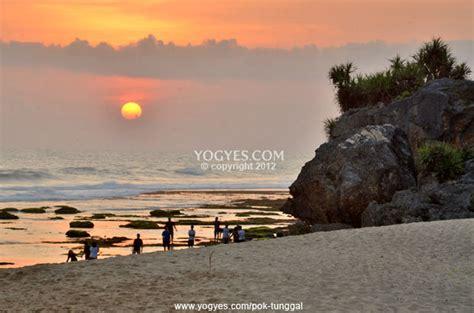photo  pok tunggal beach