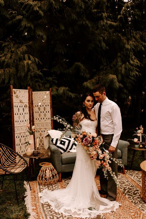 This Oregon Forest Wedding Shoot Will Inspire You to Give