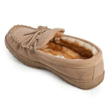 comfortable house slippers comfortable house shoes farmer s wife pinterest