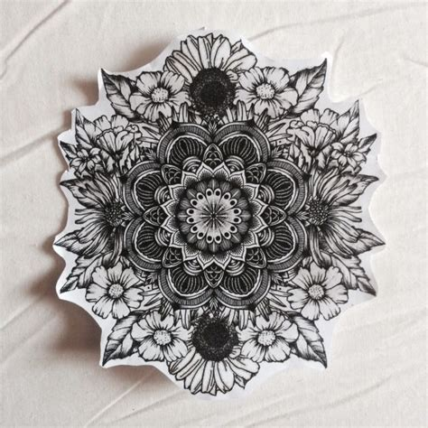 tattoo mandala flower 25 best mandala flower tattoos ideas on pinterest