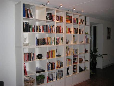 libreria a muro ikea www miaikea expedit ikea fino al soffitto
