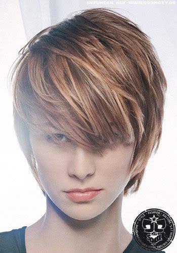 frisuren bilder gestufter kurzhaarschnitt mit langem