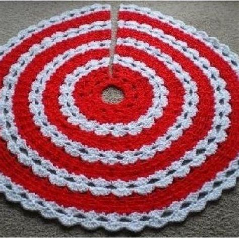 free crochet pattern for xmas tree skirt all stitches crochet christmas tree skirt pattern pdf