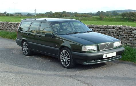 image volvo 850 4 dr t5r turbo wagon exterior pictures