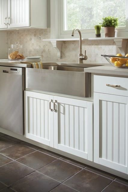 farmhouse kitchen sink base cabinet aristokraft country sink base cabinet farmhouse