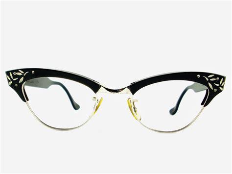 cat eye glasses vintage