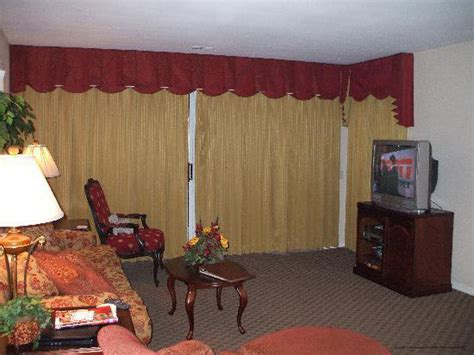 2 Bedroom Suites In Branson Mo | 59 per night branson the suites at fall creek 2 bdr