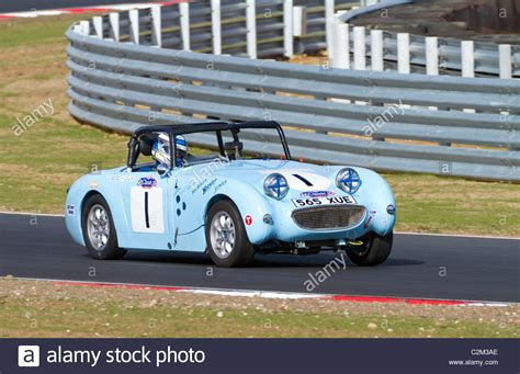 cscc swinging sixties 1959 austin healey frogeye sprite during the cscc swinging