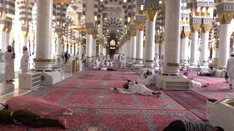 madinah masjid al nabawi interior  islam