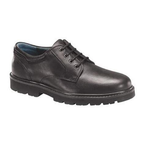 dockers shelter oxford shoes dockers s shelter stain defender slip resistant