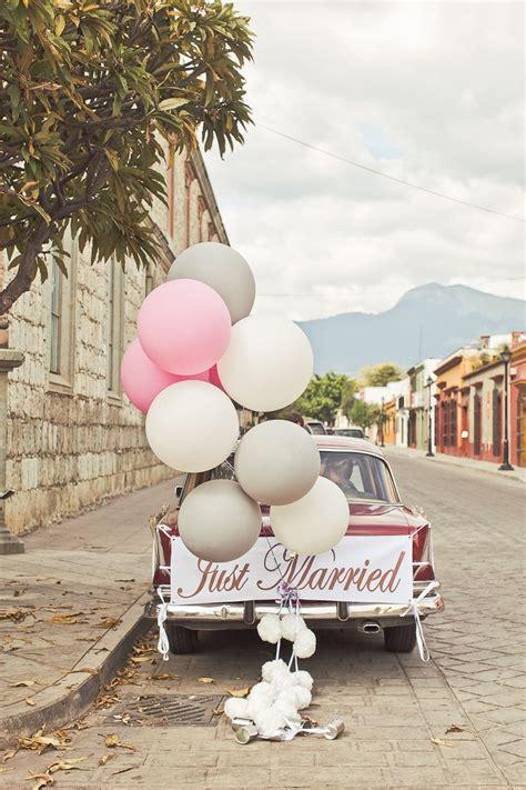 Getaway wedding cars,wedding getaway car decorations