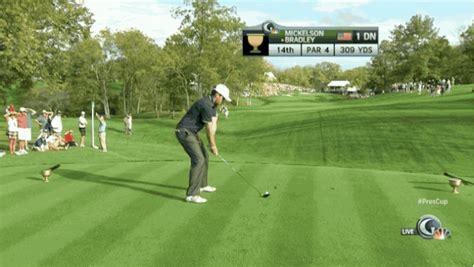 keegan bradley golf swing pga golfer keegan bradley drills a spectator at the
