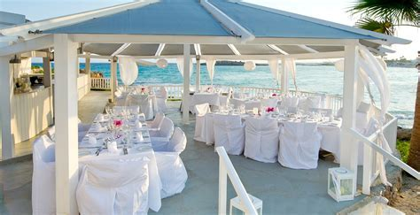 Weddings at Nissi Beach   Cyprus Wedding Packages Abroad