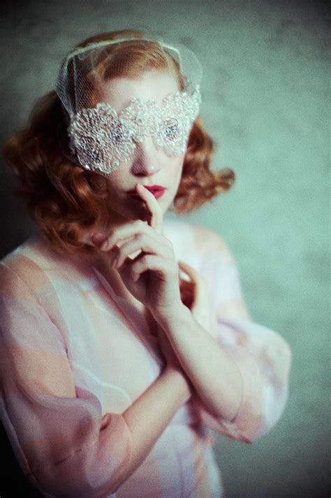 black mirror jessica chastain jessica chastain channels old hollywood glamour in flaunt