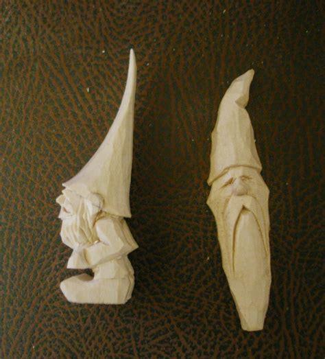 beginners carving corner   fox chapel