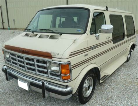 how does cars work 1993 dodge ram van b150 navigation system sell used 1993 dodge b250 ram van starquest conversion 5 2l 318 2wd automatic in kirksville