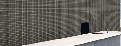 weißes glasfliesen badezimmer fliesen schwarz fabulous badezimmer fliesen schwarz