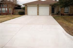 installers custom concrete driveways serving the dallas