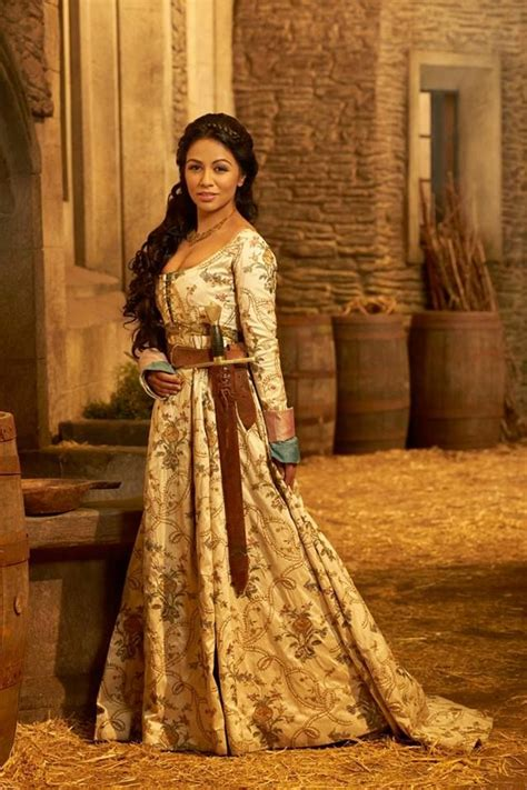 isabella valencia isabella galavant once upon a costume pinterest ouat