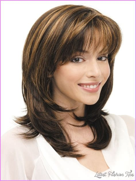 images layered hairstyles for shoulder length hair medium length haircuts no bangs layers latestfashiontips
