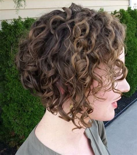 angled bob for curly hair best 25 curly inverted bob ideas on pinterest curly