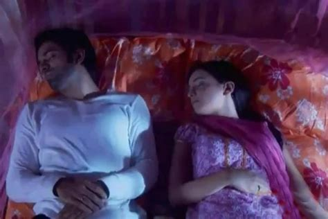 bed scenes search results for iss pyaar ko kya kya naam doon