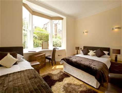 family bedroom queens guest house accommodation in the centre of