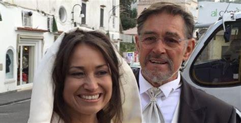 vai valentina testo fabio testi sposa a 73 anni antonella liguori le foto