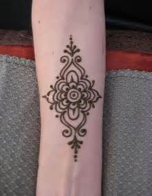 very simple tattoo designs 25 best henna designs for beginners ideas on