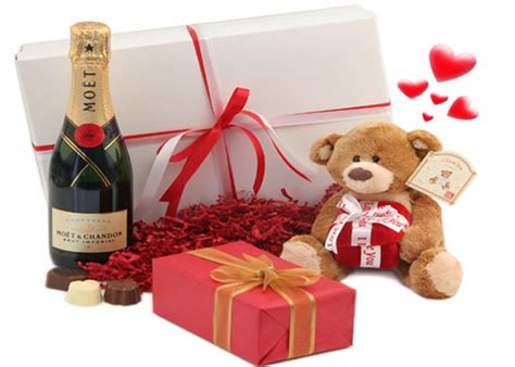 valentine presents cute valentines day ideas for him 2017 boyfriend husband