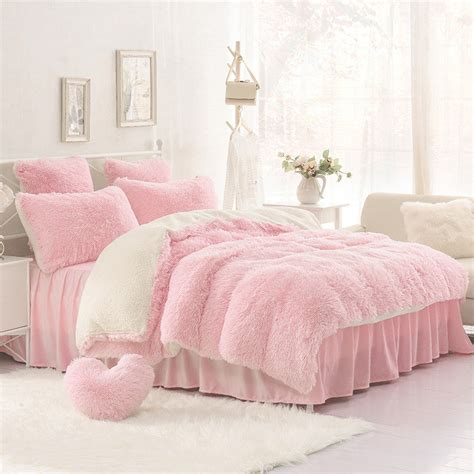 High Quality Purple Blue Pink Creamy White Cashmere Wool Pink Ruffle Bedding