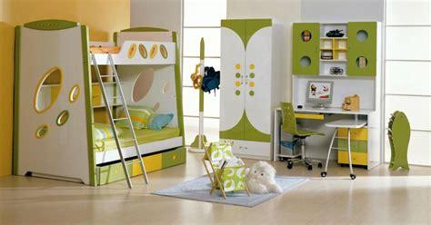 vorhänge jugendzimmer junge kinderzimmer idee gelb