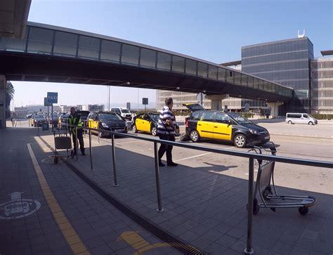 Auto Mieten Barcelona Airport by Vom Flughafen El Prat Nach Barcelona Gelangen