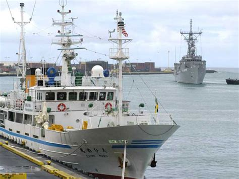 japanese fishing boat design japanese space agency to use fishing nets to scoop up