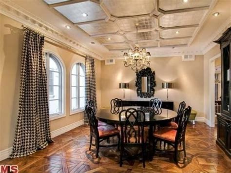 Spell Dining Room by 17 Best Images About Spelling Home Decorating On Photo Walls House And