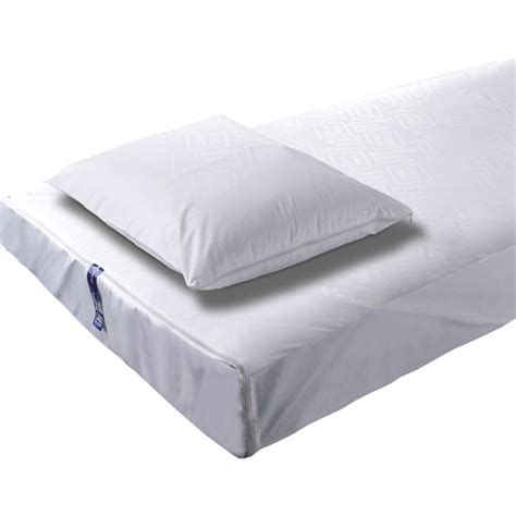 bed bug mattress protector get the micronone benesleep anti bed bugs mattress