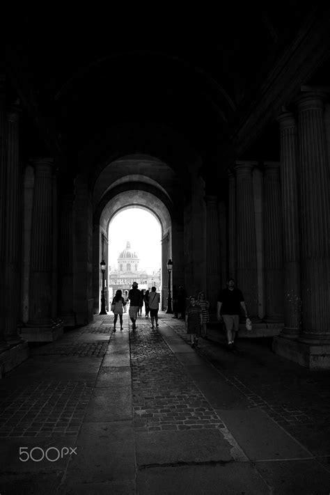 Au Louvre - Louvre, Paris (com imagens) | Preto e branco