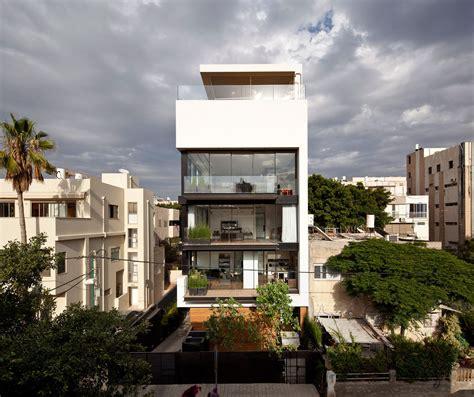 town house tel aviv town house 1 by pitsou kedem architect 1 homedsgn