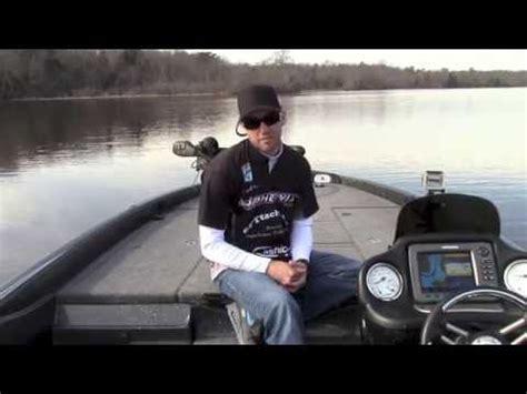 phoenix boats vs skeeter john hopkins phoenix bass boats nashville boat show 2015