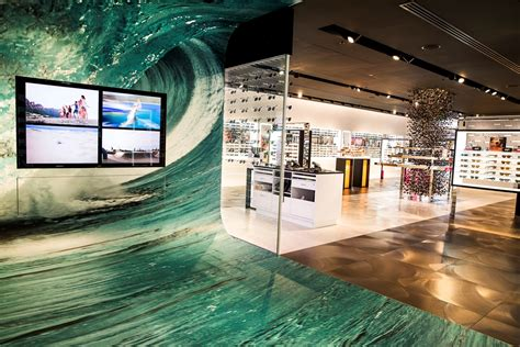 luxottica room luxottica opens largest sunglass hut store with interactive technology retailbiz australian